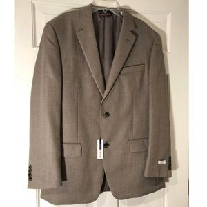 Izod Men's Sports Coat 40R. Beige. NEW WITH TAGS